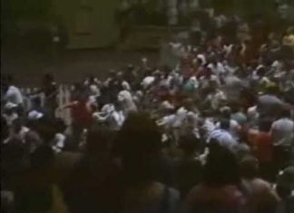Austin Idol, Tommy Rich - Spooked by Angry Crowd in Memphis (4-27-87) Mid-South Coliseum