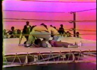 Funny! Twitchy Burrhead Jones Oversells Sleeper Hold - Memphis Wrestling LOL Moment