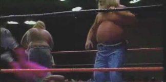 Harlem Knights Run In On Moondogs Match, Get Bitten - 1993 USWA Memphis Wrestling