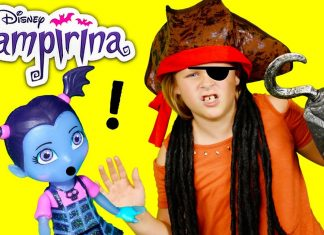 The Assistant Unboxes the Vampirina Scare B&B Playset